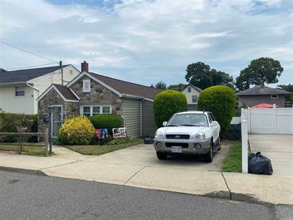 Residential Property for sale in 459 Louis Ave, South Floral Park, NY, 11001