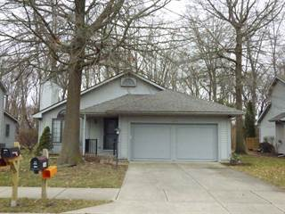 Condo for sale in 1935 Creekwood Drive, South Bend, IN, 46635