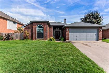 Residential Property for sale in 4803 Red Birch Drive, Arlington, TX, 76018