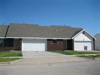 Multi-Family for sale in 2945/2947 West Village Lane, Springfield, MO, 65807