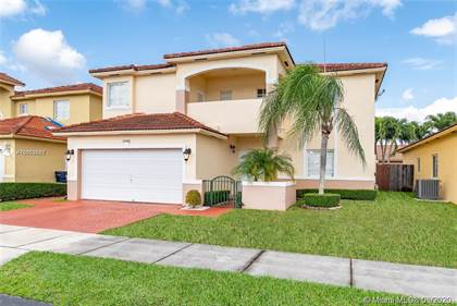 Residential Property for sale in 15981 SW 54th Ter, Miami, FL, 33185