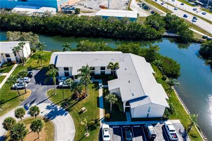 Residential Property for sale in 1815 Robalo Drive C104, Vero Beach, FL, 32960