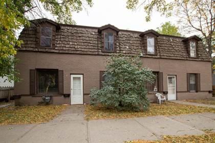 Multifamily for sale in 1252-1254 6th Avenue S, Lethbridge, Alberta, T1J 1A4