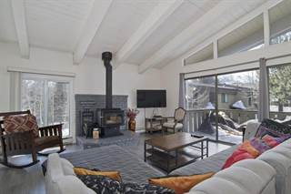 Townhouse for sale in 3251 Chateau Road #6 Chateau de Montagne 6, Mammoth Lakes, CA, 93546