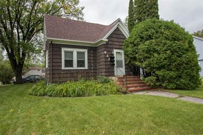 For Sale 921 4th Street Moorhead Mn 56560 More On Point2homes Com