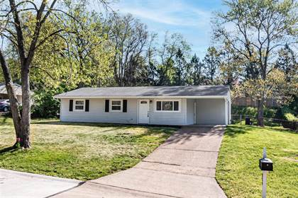 Residential Property for sale in 324 Spring Meadows Drive, Manchester, MO, 63011