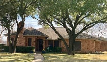 Residential for sale in 711 Meadowbrooke Circle, Duncanville, TX, 75137