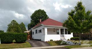 Residential for sale in 2 Oak Street, London, Ontario