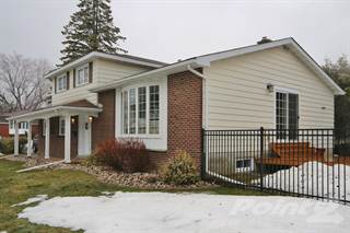 Residential Property for sale in 15 Highburn Cr, Ottawa, Ontario, K1B 3H7