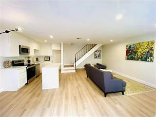 Townhouse for sale in 2728 Alta View, San Diego, CA, 92139