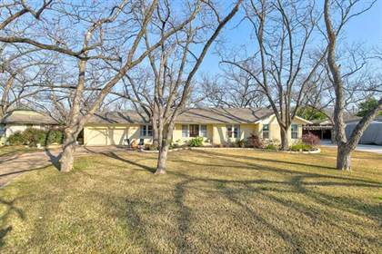 Residential for sale in 1225 W Park Row Drive, Arlington, TX, 76013