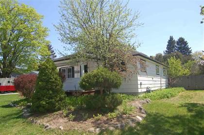 Residential Property for sale in 314 W Hurlbut, Charlevoix, MI, 49720