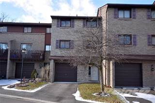Condo for sale in 1250 Limeridge Road E 33, Hamilton, Ontario