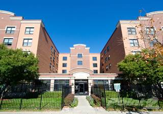 Apartment for rent in East Park Apartments, Chicago, IL, 60624