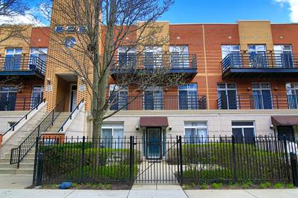 Residential Property for sale in 1033 East 46th Street 304, Chicago, IL, 60653