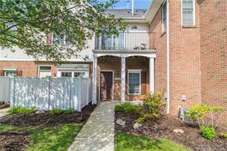Condo for sale in 743 AMBERLY Drive, Waterford, MI, 48328