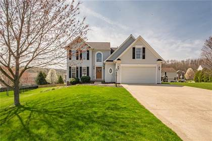 Residential Property for sale in 320 Gaelic Drive, Hempfield Twp - Wml, PA, 15601