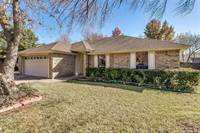 Photo of 1502 Stratford Drive, Mansfield, TX