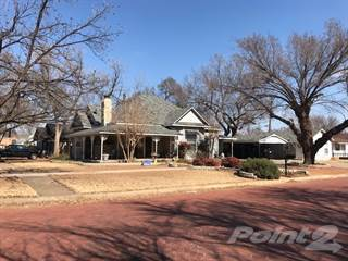 Residential for sale in 211 4th Street SE, Childress, TX, 79201
