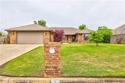 Residential for sale in 2641 SW 107th Street, Oklahoma City, OK, 73170