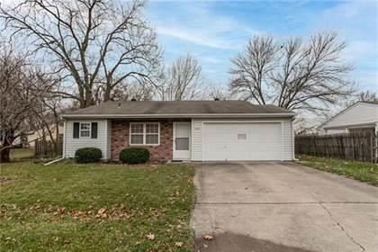 Residential for sale in 8824 Farley Street, Overland Park, KS, 66212
