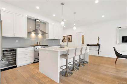 Residential Property for rent in 8 Boulevard W PH1, Pelham, NY, 10803