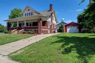 Single Family en venta en 102 East MAIN Street, Camargo, IL, 61919