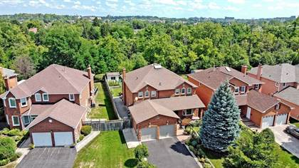 Residential Property for sale in 23 Hart St, Richmond Hill, Ontario, L4C8X2