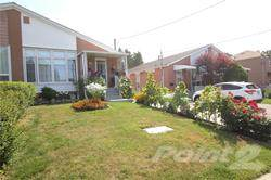 Residential Property for sale in 147 Laurel Ave, Toronto, Ontario, M1K3J8