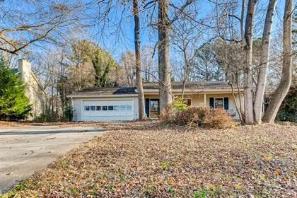 Residential for sale in 987 Walnut Drive, Lawrenceville, GA, 30044