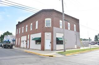 Apartment for sale in 201 South Union Street, Staunton, IL, 62088