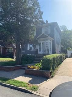 Residential Property for sale in 1046 Victory Boulevard, Staten Island, NY, 10301