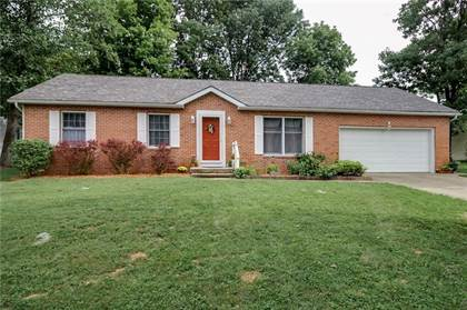Residential for sale in 3900 West Woodhaven Drive, Bloomington, IN, 47403