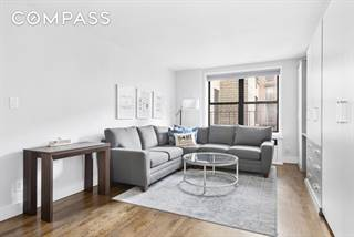 Co-op for sale in 165 Christopher Street 3O, Manhattan, NY, 10014