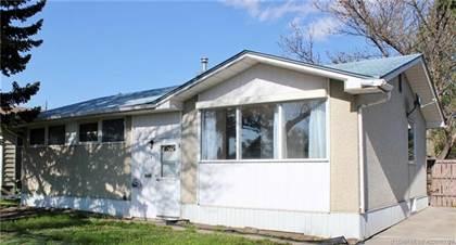 Residential Property for sale in 707 23 Street N, Lethbridge, Alberta, T1H 3S8