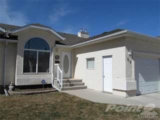 Townhouse for sale in 715 9th STREET, Humboldt, Saskatchewan