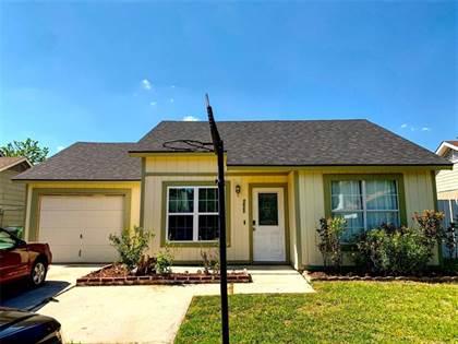 Residential for sale in 1621 Scottsdale Drive, Arlington, TX, 76018