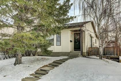 Single Family for sale in 204 Cedardale Bay SW, Calgary, Alberta, T2W5C8