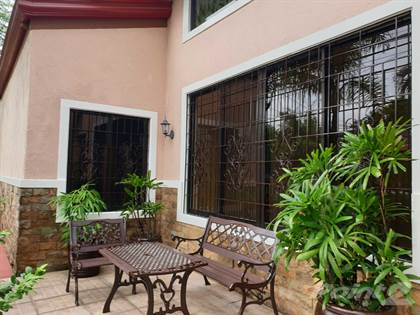 For Rent: 4br in BF Homes Paranaque, Paranaque City, Metro Manila - More on  POINT2HOMES com