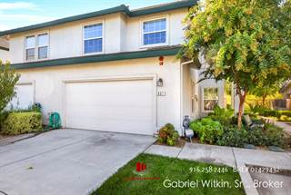 Townhouse for sale in 837 Polar Bear Circle, Galt, CA, 95632