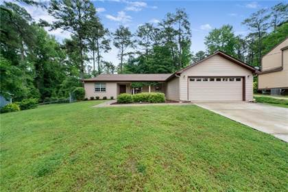 Residential for sale in 3385 Canary Lake Drive, Duluth, GA, 30096