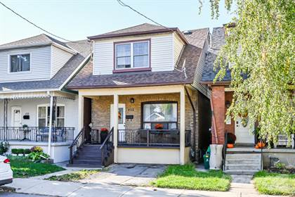 Residential for sale in 135 Rosslyn Ave N, Hamilton, Ontario, L8L 7P5
