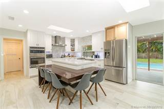 Single Family for sale in 13631 SW 102nd Ave, Miami, FL, 33176