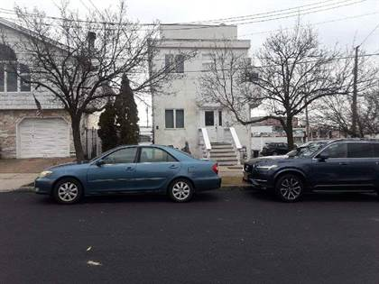Multifamily for sale in 2271 Clove Road, Staten Island, NY, 10305