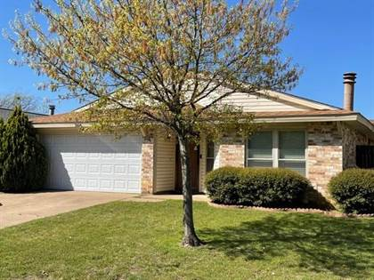 Residential for sale in 2616 Countryside Lane, Fort Worth, TX, 76133
