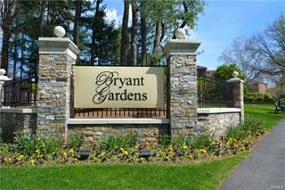 Condo for sale in 6 Bryant Crescent 2IJ, White Plains, NY, 10605