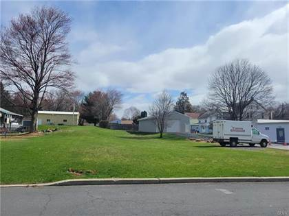 Residential Property for sale in woodward Avenue, Wind Gap, PA, 18091