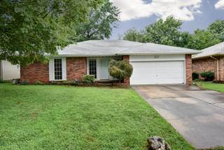 Single Family for sale in 702 West Cherokee Street, Springfield, MO, 65807