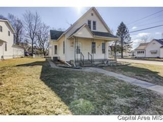 Single Family for sale in 610 W First St., Taylorville, IL, 62568