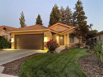 Residential for sale in 5627 W Sample Avenue, Fresno, CA, 93722